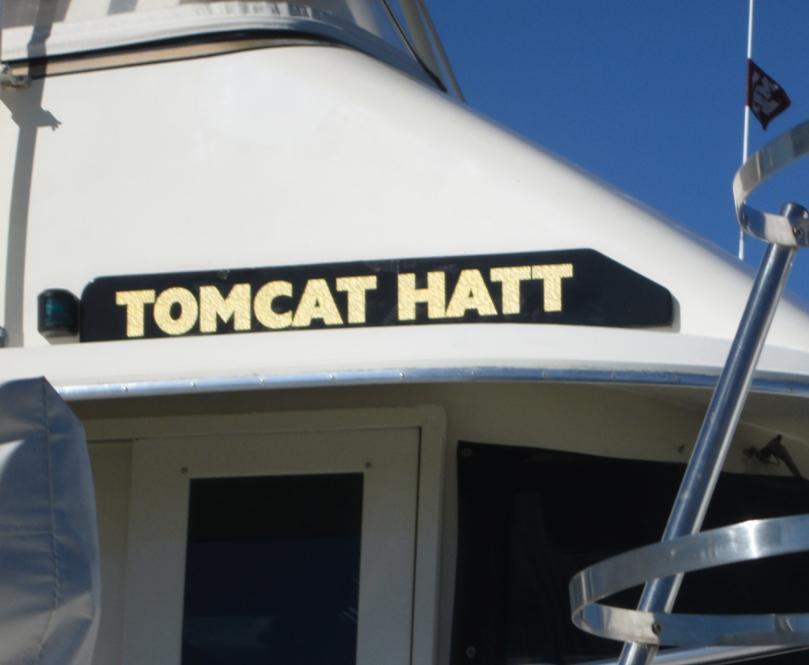 custom boat lettering service